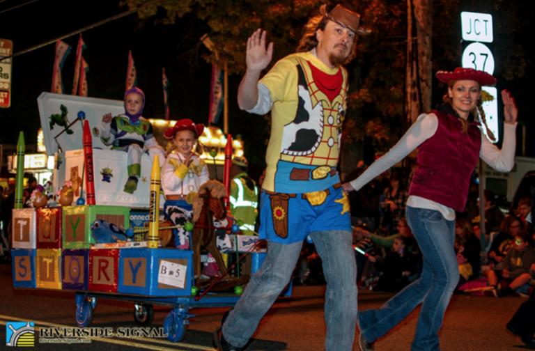 2014 Toms River Halloween parade. (Image: Riverside Signal)