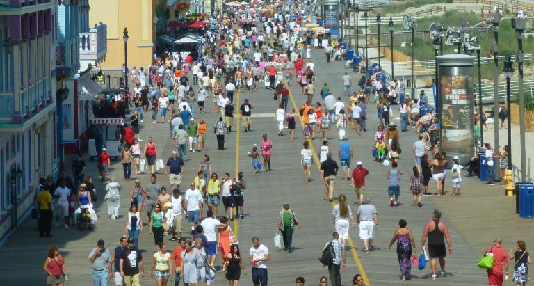 The Atlantic City boardwalk. (Image: Silveira Neto via Flickr)
