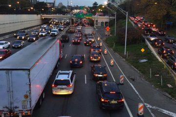 Traffic clogs I-676 in Philadelphia  during the SEPTA strike. (Katherine Blodgett via Twitter)