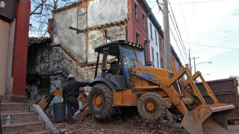 2400 block of Oxford Street in Philadelphia, demolitions underway. February, 2016 (Emma Lee/WHYY)