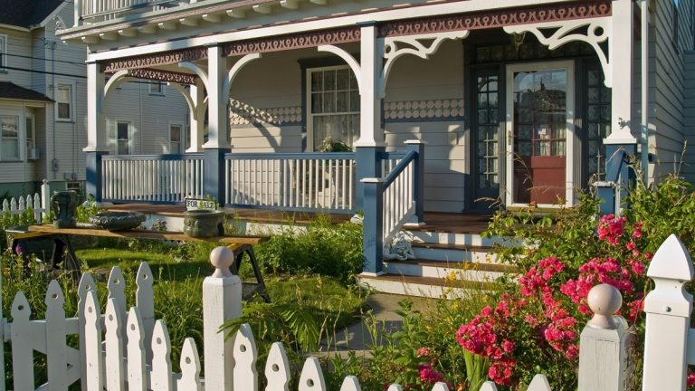 Residents of small towns such as Ocean Grove, New Jersey, are mainly satisfied with their surroundings. But as a state, New Jersey is losing its allure.(<a href=