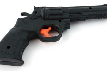 Toy gun (Courtesy of <a href=