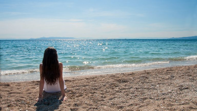 (<a href='http://www.shutterstock.com/pic-183219062/stock-photo-a-girl-on-the-beach-watching-the-sea.html'>Independent woman</a> image courtesy of Shutterstock.com)