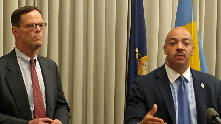 David Thornburgh of the Committee of 70 and Philadelphia District Attorney Seth Williams say that they will make sure Election Day is safe and that eligible voters will not be intimidated. (Tom MacDonald/WHYY)