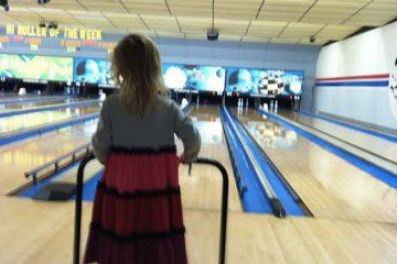 Bowling on Thanksgiving. (Photo courtesy of Courtenay Harris Bond)