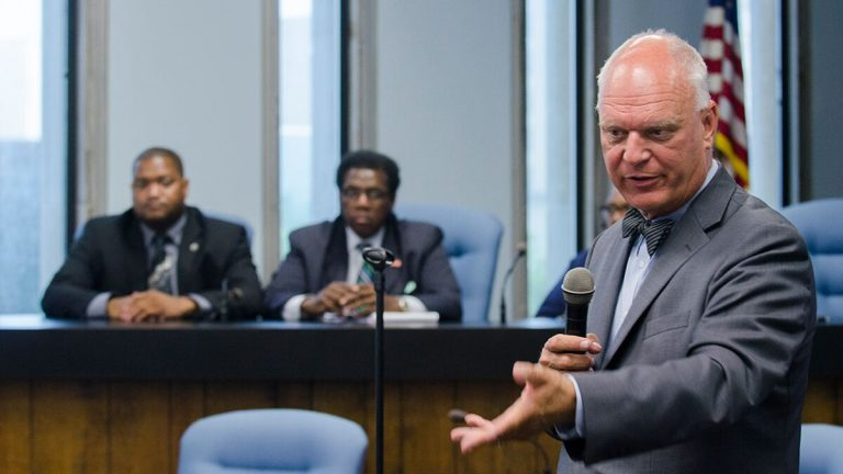 Atlantic City Mayor Don Guardian answers a question at the meeting Tuesday night. (Anthony Smedile/ for NewsWorks)