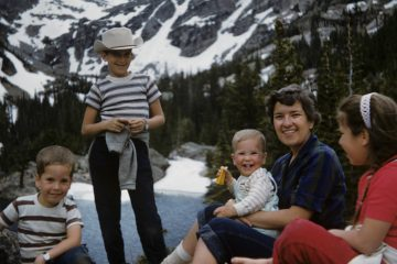 Vera Rubin at Rocky Mountain National Park with her children in 1961. From left to right: Karl, Dave, Allan, Vera, and Judy. Vera is 33. (Courtesy of Allan Rubin and the Rubin family)