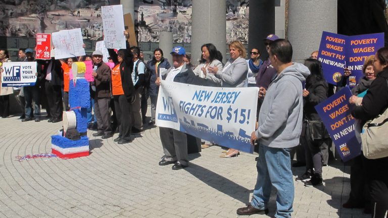 Low-income workers rally across the street from New Jersey Statehouse in support of boosting the minimum wage to $15 an hour (photo by Phil Gregory)(Phil Gregory/WHYY)