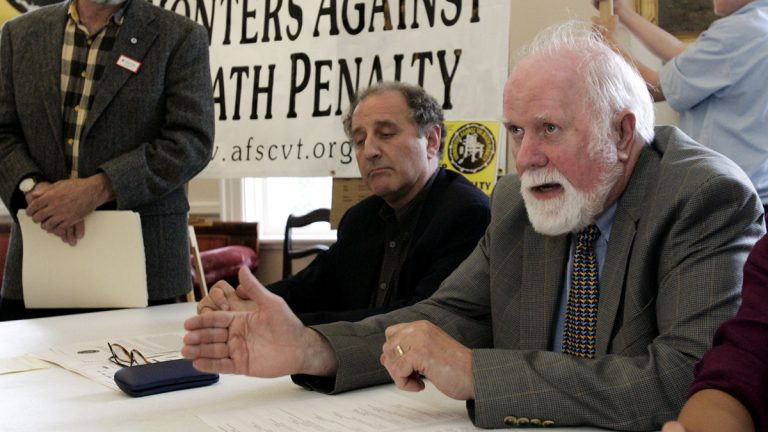 Rev. Walt Everett (right) tells of forgiving his son's killer at a conference opposing the death penalty at the Unitarian Church in Burlington, Vermont, in 2006. (AP Photo/Alden Pellett, file)
