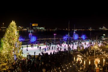 Winterfest 2015 kicked off at Penn's Landing with the opening of the RiverRink and food vendors along the Delaware River Waterfront. (Brad Larrison/for NewsWorks)