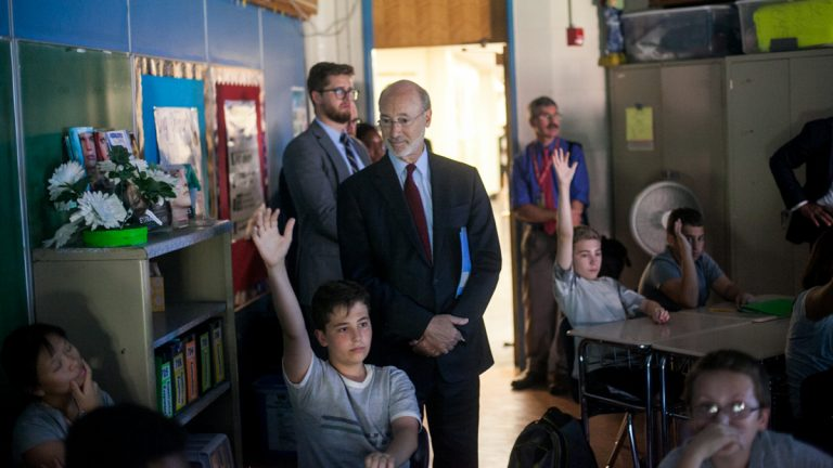 Governor Tom Wolf obvservs students during a visit to Baldi Middle School in Northeast Philadelphia Thursday. (Brad Larrison for NewsWorks)