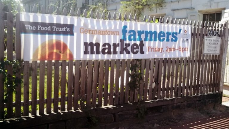Open from 2 p.m. to 6 p.m. Fridays, the Wyck Farmers' Market sells produce grown at historic Wyck House, a property which dates to 1690. (Amanda Staller/for NewsWorks)