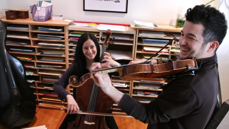 Yumi Kendall and her brother Nick play pieces from their first Suzuki lessons. Both leared by the Suzuki method
