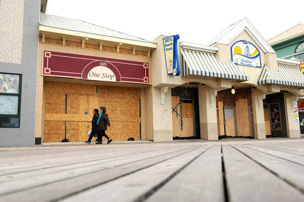 <p><p>The Boardwalk by the casinos in Atlantic City weathered the storm as business remained closed. (Photography by Peter Tobia/Atlantic City Alliance)</p></p>