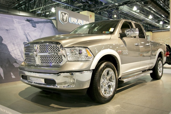 <p><p>The 2012 Dodge Ram 1500 Motor Trend Truck of the Year uses an eight-speed transmission with the option of a V6 or V8 to keep its MPG low. (Nathaniel Hamilton/for NewsWorks)</p></p>