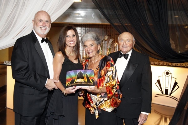 <p><p>Family Album cochairs David and Teri Cutler (left), Abramson Center Auxiliary Board Member, Stefi Levin and her husband Marvin Levin, Abramson Center trustee (Photo courtesy of Scott Weiner)</p></p>