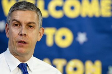 Education Secretary Arne Duncan speaks about the administration's priorities for education, Monday, Jan. 12, 2015, at Seaton Elementary in Washington. (AP Photo/Jacquelyn Martin)