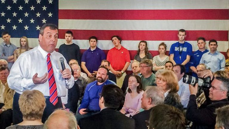 Gov. Chris Christie holds his first town hall outside New Jersey in Londonderry, NH. (Matt Katz/WNYC)