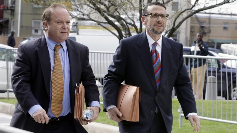 David Wildstein, right, arrives with his attorney Alan Zegas at federal court for a hearing Friday, May 1, 2015, in Newark, N.J. (AP Photo/Mel Evans)