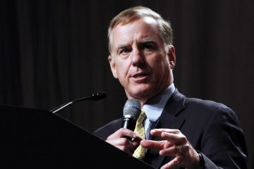 Former Vermont governor Howard Dean said that this among the most uncivil campaign seasons he has experienced in his lifetime, while speaking before a crowd of about 2,000 in Sacramento, Calif., Friday, Oct. 15, 2010.  Dean was one of the headline speakers at a forum hosted by the Sacramento Metro Chamber that also featured former Alaska governor Sarah Palin.  (AP Photo/Rich Pedroncelli)