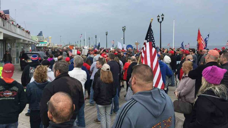 Trump rally Seaside Heights Boardwalk (Photo courtesy of TOCA on Twitter @foodsnob3437)