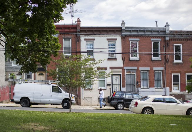 """Slideshow: Savannah once lived in this tan house on Clearfield St. overlooking McPherson Square, known locally as """"Needle Park."""" (Jessica Kourkounis/For Keystone Crossroads)"""