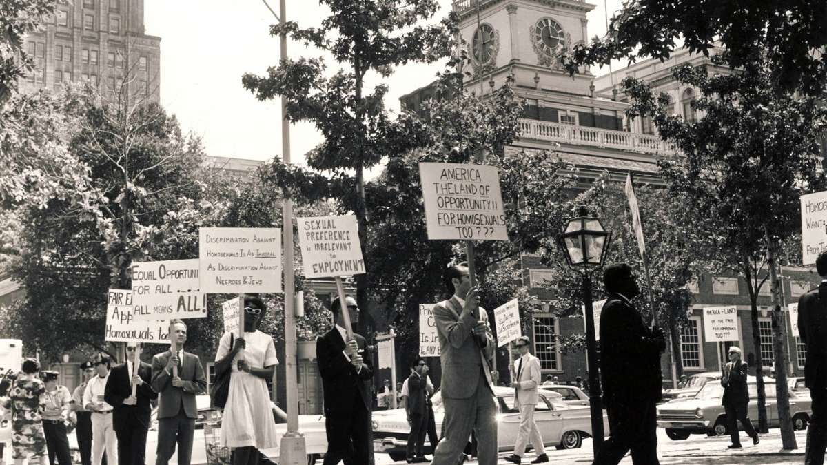 Annual Reminder picketers march outside Independence Hall on July 4, 1965. (Photo courtesy of Temple Urban Archives)