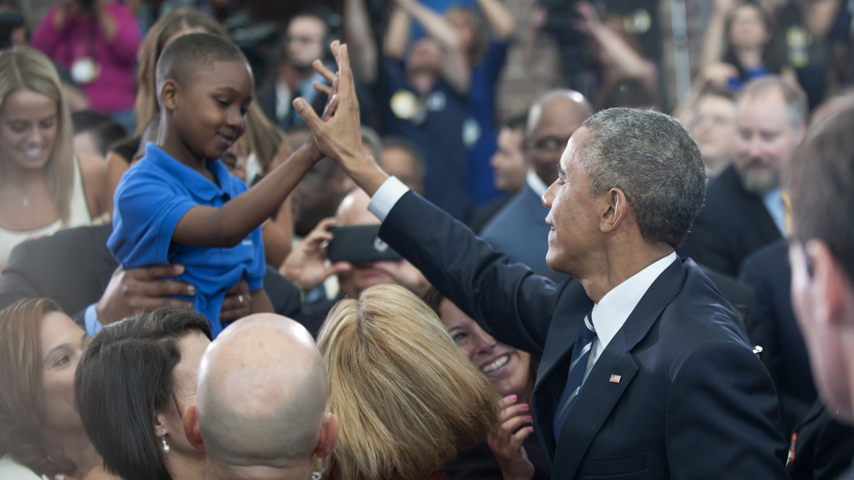 009a1d7e08a1fa The best AP photos of President Obama s Camden visit - WHYY