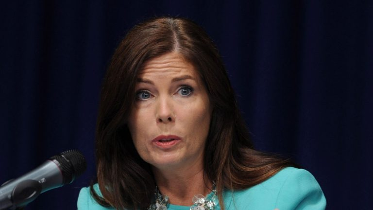 A grand jury has reportedly recommended that Pennsylvania Attorney General Kathleen Kane be charged with perjury and contempt of court. (AP file photo)