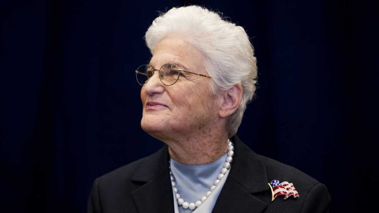 Lynne Abraham has challenged her rivals in the Philadelphia mayoral contest to sign a