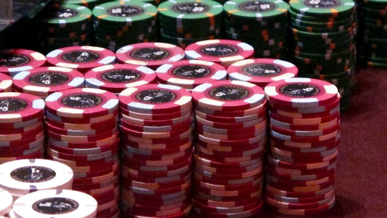 Polls suggest New Jersey voters will reject a Nov. 8 referendum on expanding casinos to North Jersey. (AP Photo/Wayne Parry)
