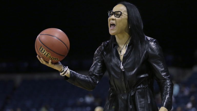 South Carolina head coach Dawn Staley protest a charging foul called against Gamecock forward A'ja Wilson during the second half against Florida State in a regional final game of the women's NCAA college basketball tournament, Monday, March 27, 2017, in Stockton, Calif. South Carolina won 71-64. (Rich Pedroncelli/AP Photo)