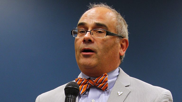 New Jersey Assemblyman Gusciora says he hopes the faithful pray 'that I do the right thing and that we make sure we take care of the people who most need it, especially in times during the holidays.' (AP file photo)