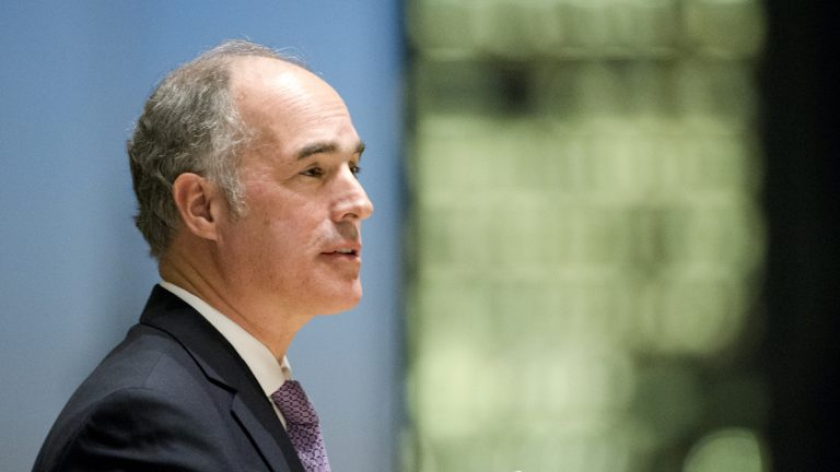 U.S. Sen. Bob Casey opposes a GOP plan to repeal the Affordable Care Act as part of its tax overhaul legislation. (AP file photo)