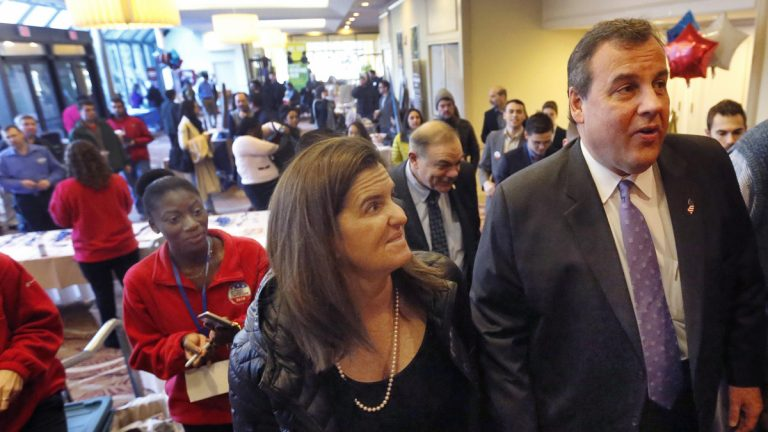 Republican presidential candidate, New Jersey Gov. Chris Christie and his wife Mary Pat arrive at a campaign stop at a college student convention, Tuesday, Jan. 5, 2016, in Manchester, N.H. (Jim Cole/AP Photo)
