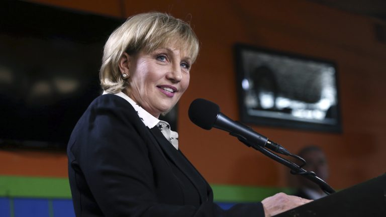 Republican New Jersey Lt. Gov. Kim Guadagno addresses a gathering as she announces her candidacy for governor, Tuesday, Jan. 17, 2017, in Keansburg, N.J. (Mel Evans/AP Photo)