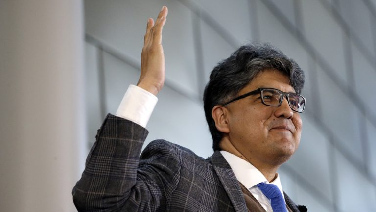 Author and filmmaker Sherman Alexie gives the keynote address at a celebration of Indigenous Peoples' Day Monday, Oct. 10, 2016, at Seattle's City Hall. (Elaine Thompson/AP Photo)