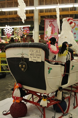 <p><p>Christmas is over; time to sell the sleigh. (Elisabeth Perez-Luna/WHYY)</p></p>