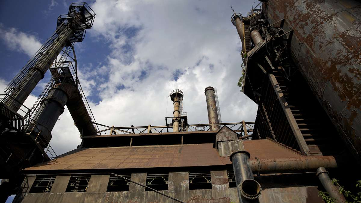 A section of the five surviving blast furnaces at the former Bethlehem Steel Co. plant in Bethlehem, Pa. (Lindsay Lazarski/WHYY)