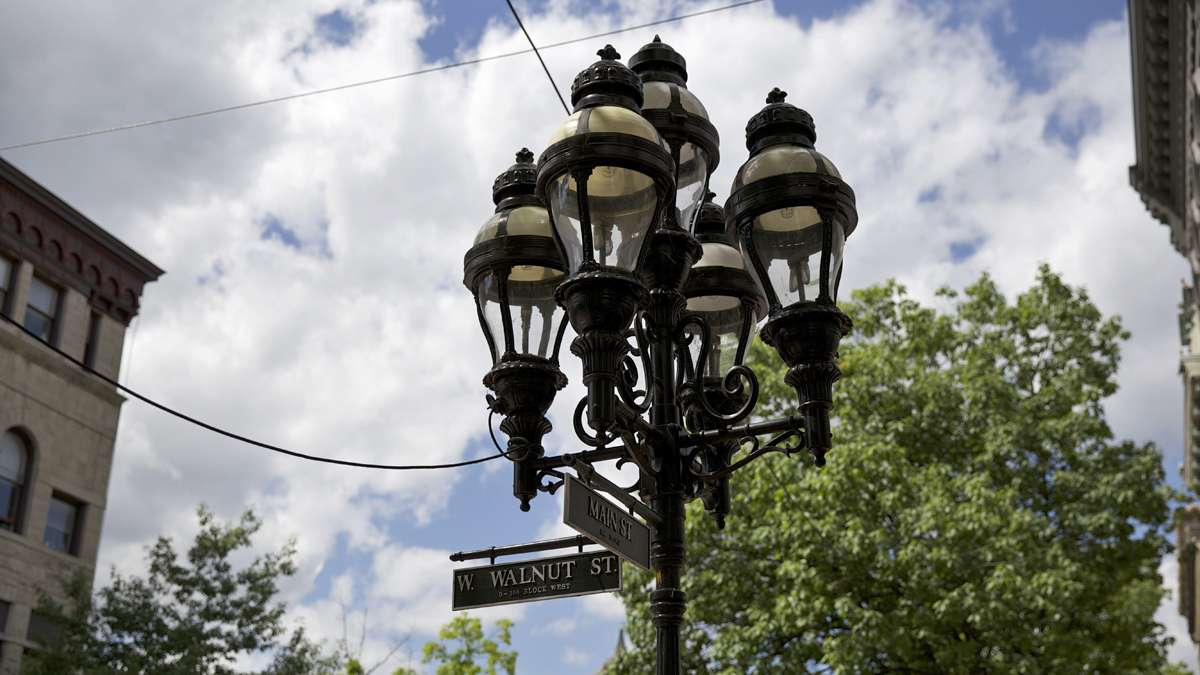 Street lamp on the corner of Main and Walnut Streets in Bethlehem, Pa. (Lindsay Lazarski/WHYY)