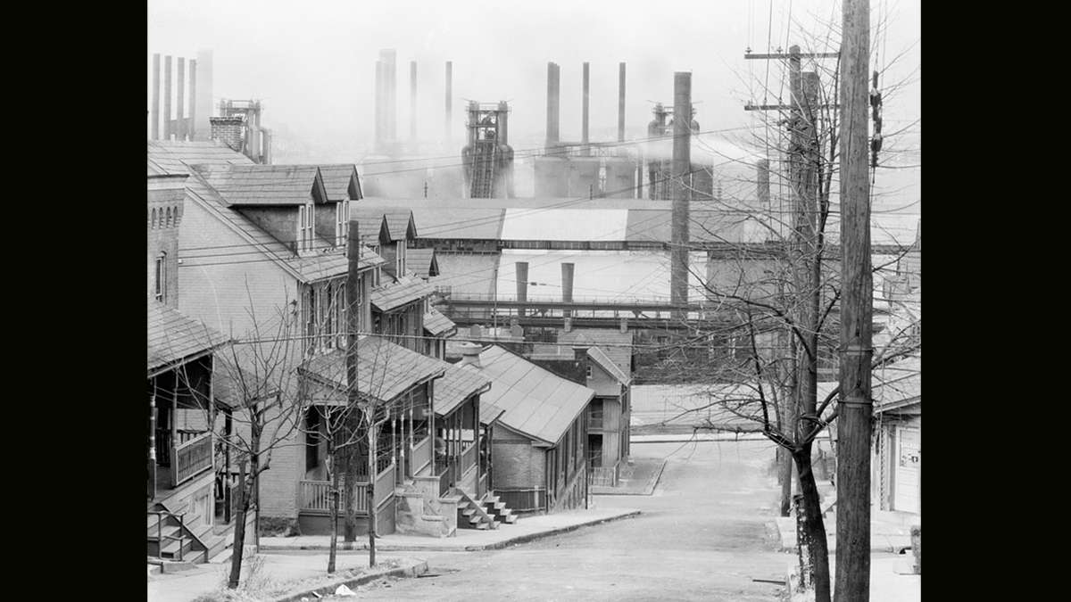 Walker Evans' photo of Bethlehem Steel blast furnaces and steel mill at the foot of the South Bethlehem neighborhood circa November 1935.  (Library of Congress)