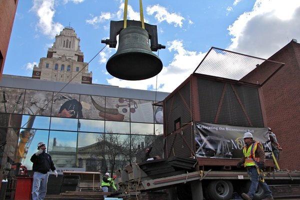 <p>The Bicentennial Bell, is lowered into a crate for storage. The bell will returned to the Independence National Historical Park when a new display is completed. (Emma Lee/for NewsWorks)</p>