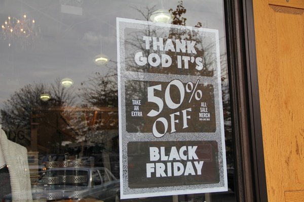 <p>&lt;p&gt;Shops in Ardmore's Suburban Square boast exquisite savings and promise long hours for mall employees on Black Friday. (Marta Ruskek/for NewsWorks)&lt;/p&gt;</p>