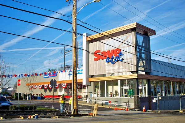 The facade of the newly opened Save-A-Lot grocery store at Chelten Plaza. (Bas Slabbers/for NewsWorks)