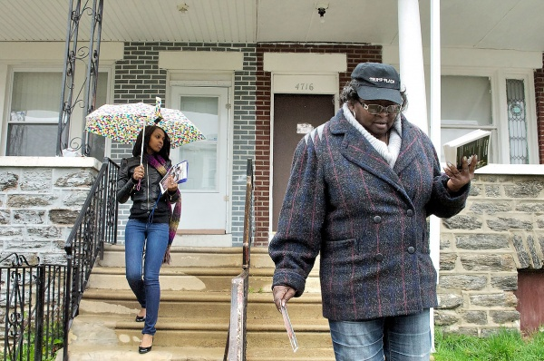 Campaign workers working for state Rep. Rosita Youngblood's re-election bid. (Bas Slabbers/for NewsWorks)