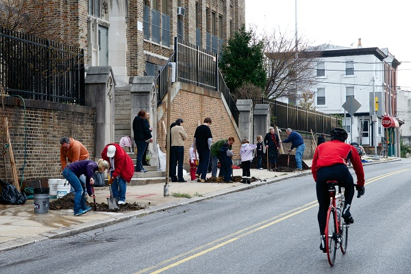<p><p>Saturday's tree planting took place on the 4600 block of Umbria Street, right in front of James Dobson Elementary School (Bas Slabbers/for NewsWorks).</p></p>