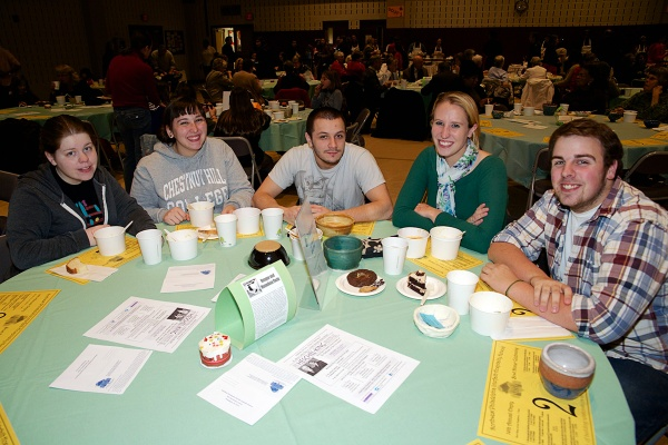 <p><p>In the past, senior Jessica Viecey (2nd from left) volunteered. This year, she wanted to experience the event herself. She shares a table with fellow CHC students, Skylar Stilwagen, Kalo Giannone, Thomas Pipitone and Gabriel Hinninger. (Bas Slabbers/for NewsWorks)</p></p>