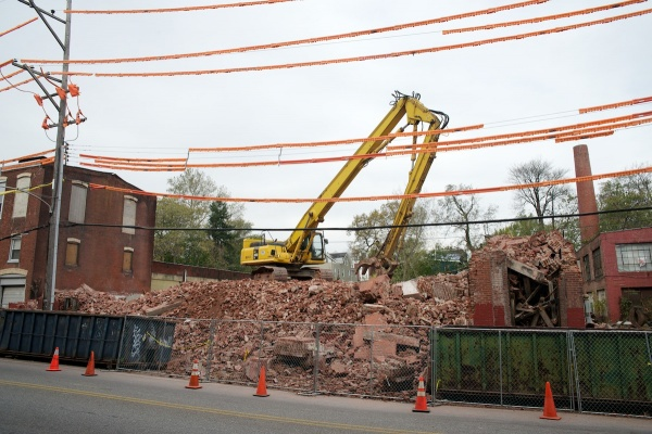 <p><p>The Van Straaten and Havey silk mill was reduced to a pile of rubble after a demolition crew took down its walls last week. (Bas Slabbers/for NewsWorks)</p></p>