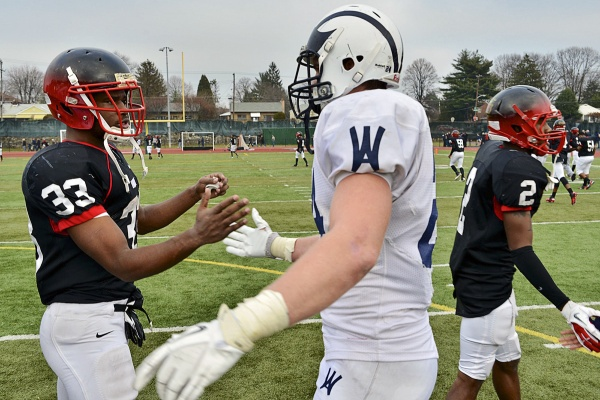 <p><p>Each team had a star running back with bigtime college prospects. Imhotep's David Williams, who has yet to decide between four D-1 offers, shakes hands with Alex Anzalone, who will attend the University of Notre Dame. (Bas Slabbers/for NewsWorks)</p></p>
