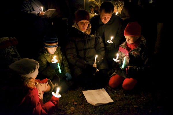 <p><p>A family carols together in East Falls. (Bas Slabbers/for NewsWorks)</p></p>
